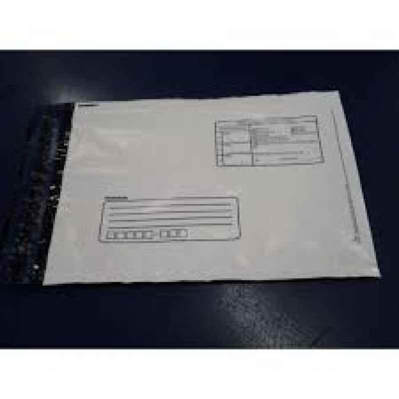 envelope com adesivo em plástico correios