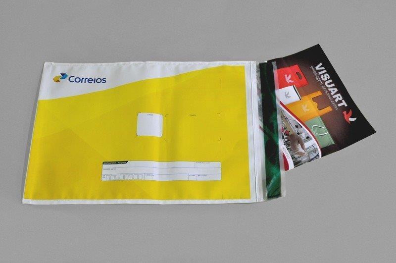 envelope em plástico com adesivo personalizado