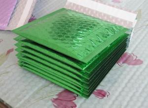 envelopes de plásticos com bolhas