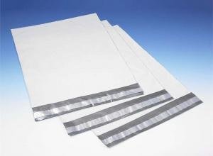 envelopes feitos de plásticos tipo void