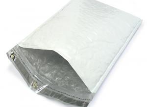 envelopes plásticos com adesivos seguros