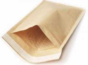 envelopes plásticos com bolhas e lacres