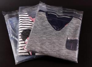 saco plástico transparente para camisetas