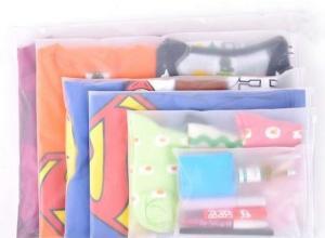 sacos plásticos zip lock de roupas