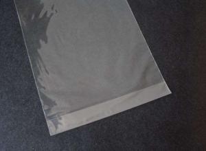 saquinhos plásticos com adesivo