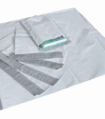 envelope com adesivo em plástico impresso