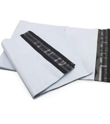 envelope plástico com lacre adesivo e segurança